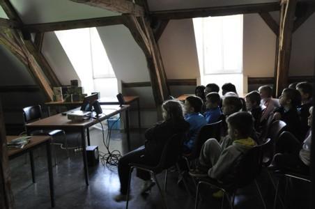 10/03/2014, animation PNVH amphibiens, école communale de Nismes, première et 2ème primaire.
